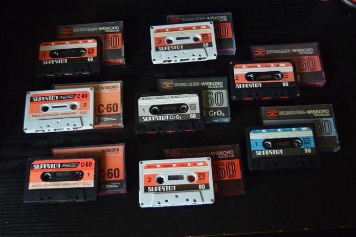 Jak zgrać muzykę z kasety na komputer?