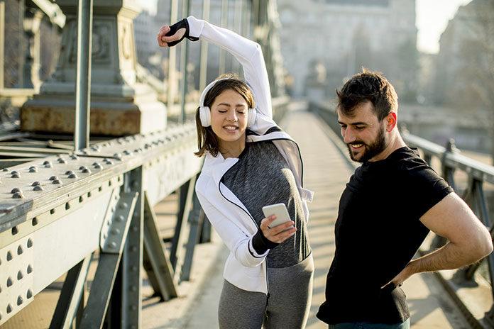 Zacznij ćwiczyć i zmień dietę z telefonem